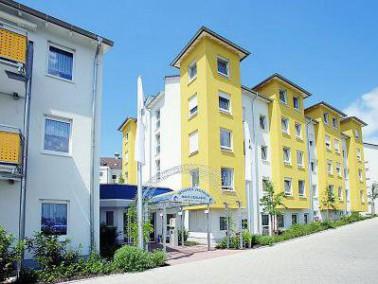 Am Rande des Ortsteils Rommelshausen liegt das Senioren-Zentrum Haus Edelberg in Kernen im Remstal. ...