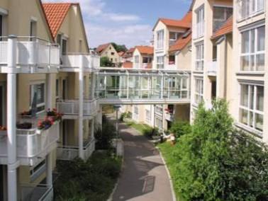Leonberg bezieht seinen Reiz aus dem Miteinander von historisch gewachsenem Altstadtkern mit Fachwer...