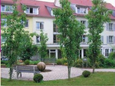 Das Karolinenstift der Zieglerschen Anstalt e.V. liegt im Ortskern Tübingens, einer jungen Stadt mit...