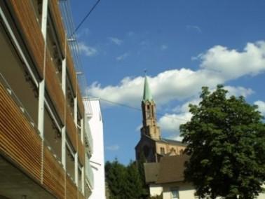 Das im September 2002 von der Klinikum Mittelbaden gGmbH in Betrieb genommene Pflegeheim Theresienhe...