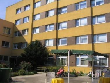 Das Luisenhaus im Stadtteil Bad Wilhelmshöhe in Kassel liegt am Fuße des Naturparks Habichtwald. Erh...