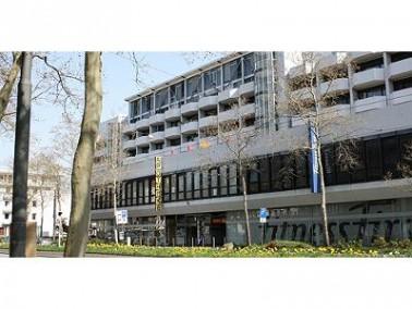 Mitten im Zentrum von Darmstadt liegt das Pflege & Therapie Zentrum Volpp. Die zentrale Lage erm...
