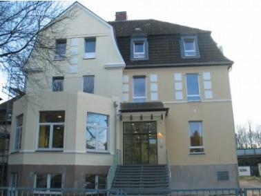Im Sommer 2007 wurde das Kleefelder Seniorenheim, im Osten Hannovers gelegen, umfassend saniert und ...