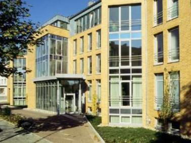 Bereits seit 1977 bietet der Verein Christophorusstift e.V. im Raum Hildesheim ein abgestuftes und i...