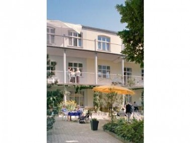 Zwischen Rhein und Maas liegt Mönchengladbach, die grüne Stadt am Niederrhein. Hier genie&...
