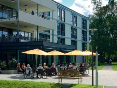 Das Bürgerheim liegt in einem ruhigen Wohngebiet unterhalb des Naherholungsgebietes Leutenberg....