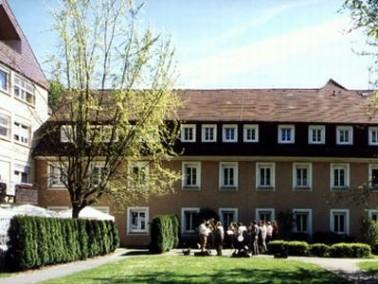 Das Altenzentrum Oberndorf liegt in einer sehr abwechslungsreichen Ortschaft. Oberndorf als Hochburg...