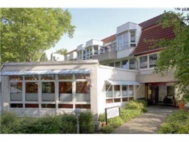 Das Ludwig-Steil-Haus bietet 87 Bewohnern einen Lebensraum in gemütlicher Atmosphäre. In 5...