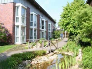 Die Seniorenwohn- und Pflegeeinrichtung Haus St. Walburga liegt direkt am Stadtkern von Ramsdorf. Di...