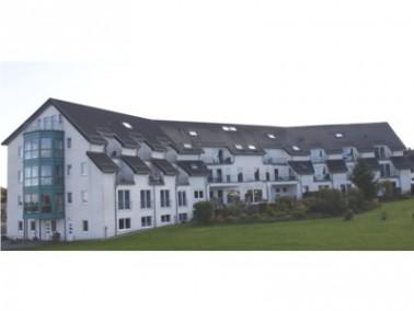 Die Eifel-Residenz liegt in ruhiger Lage nahe des Zentrums von Roetgen. Die Stadt Roetgen, das