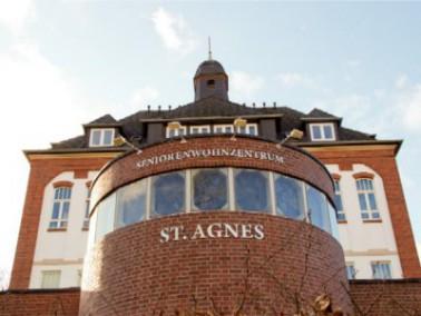 Das Haus St. Anges befindet sich mitten in Bonn - Castell in dem schönen Altbau der ehemaligen ...