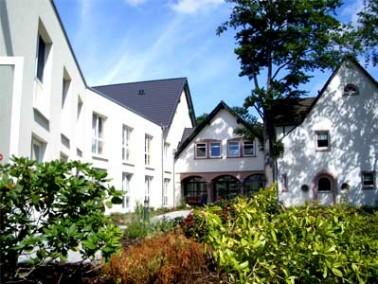 Leitgedanke des Seniorenheims Haus Hardt ist, dass die Menschen, die hier zur Pflege anvertraut werd...