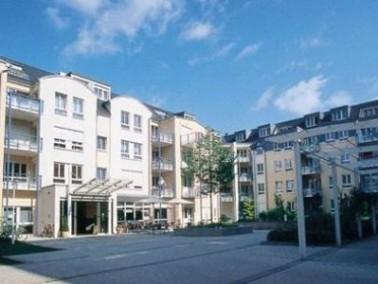 Die im Jahr 2000 neu eröffnete Residenz am Zuckerberg liegt mitten in Trier. Die Bewohner genie...