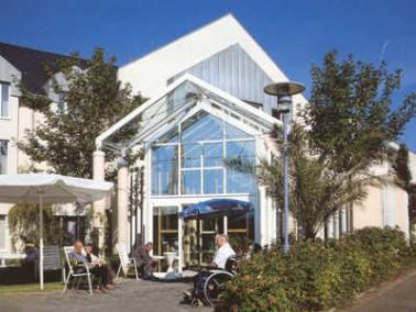 Modernes Altern in Hillesheim     Das Alten- und Pflegeheim Katharinen Stift ist ein architektonisch...