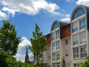 Inmitten der kulturell bedeutenden Stadt Speyer am Oberrhein befindet sich das Salier-Stift. Die Sta...