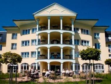 Die Einrichtung   Das CURA Seniorencentrum Klingenthal befindet sich in idyllischer Lage ganz in de...