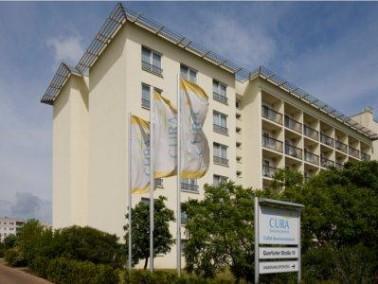 Würdevoll leben in der Kulturhauptstadt   Das CURA Seniorencentrum Halle-Silberhöhe befin...