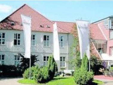 Das Senator Seniorenzentrum Alte Oberförsterei ist am Rande des Sachsenwaldes gelegen und von e...