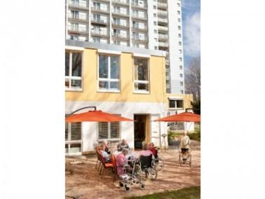 Die CURANUM Seniorenresidenz Geertz liegt am Rande der Innenstadt von Bad Schwartau in direkter N&au...