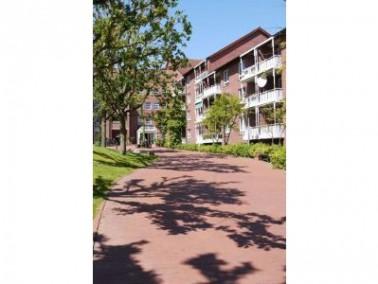 Das CURANUM Seniorenstift Timmendorfer Strand hat 110 Appartements und 60 vollstationäre Pflegeplätz...