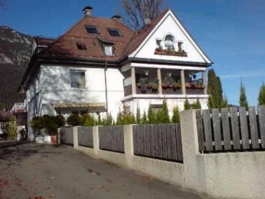 """Umgebung     Das Alten- und Pflegeheim """"Haus Alexandra"""" liegt inmitten von Garmisch-Partenkirchen u..."""