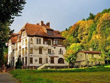 UnserSeniorenresidenz wurde im August 2013 geöffnet. Das Seniorenresidenz Duszniki Zdr&oa...