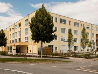 Mitten in der schönen Domstadt Regensburg liegt das Seniorendomizil Haus Klara. Banken, Apothek...