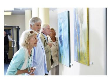 Servicewohnen premium in 1-2-Zimmer-Appartements    Die Seniorenresidenz Neugraben bietet viel mehr...