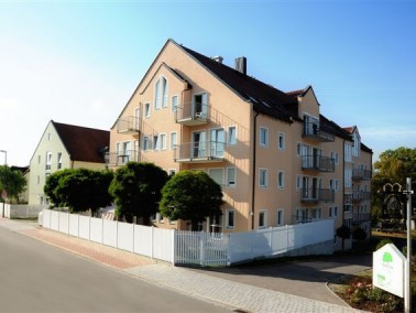 Das Seniorenhaus Am Miesberg befindet sich mitten in Schwarzenfeld, neben der Volksschule und in unm...
