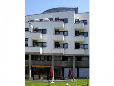 Das Matthias-Claudius-Haus der Evangelischen Stadtmission Karlsruhe befindet sich mitten im pulsiere...