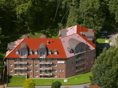 Das Bellevue Alten- und Pflegeheim wurde 2008 in traumhafter Lage am nördlichen Rand der Stadt ...
