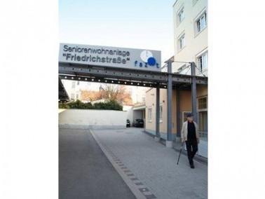 Die CURANUM Seniorenresidenz Friedrichstraße befindet sich im Süden von Bamberg zwischen ...