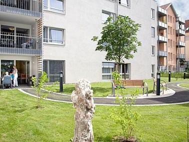 Das 2007 in der Kreisstadt Esslingen eröffnete Seniorendomizil Haus Melchior bietet in ruhiger ...