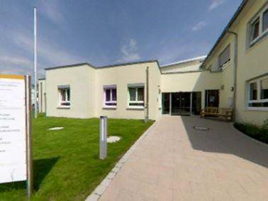 Das Zentrum für Senioren und Begegnung Adrienne von Bülow liegt in der Gemeinde Grafenau, die 1972 u...