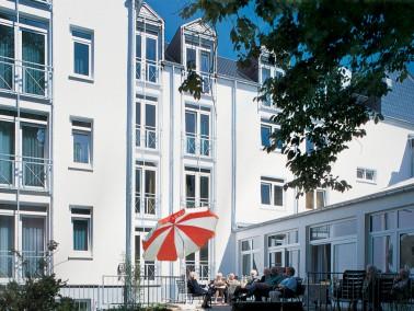 Leistungen    Ihr eigenes geräumiges Apartment - und abwechslungsreiches Stadtleben direkt vor...
