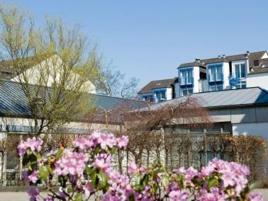 Leistungen    Ihr eigenes Apartment mit vertrauter Einrichtung und Naturerlebnisse direkt vor der T...