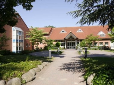 Celle begeistert durch seine Altstadt mit über 400 Fachwerkhäusern. Das Herzogsschloss im ...