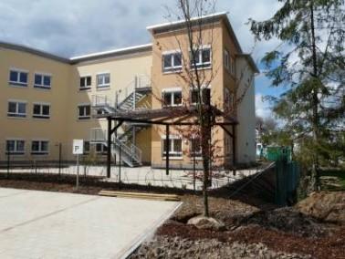 Das im April 2008 eröffnete Seniorenzentrum St. Clara befindet sich im Gemeindegebiet von Illingen, ...