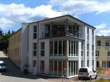 Zehn Kilometer von Kaiserslautern entfernt liegt die kleine Ortsgemeinde Queidersbach, in deren Stad...