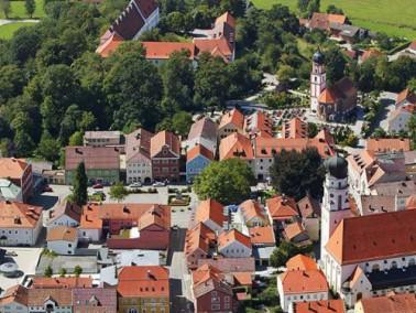 Die im Jahre 1999 eröffnete Altstadtresidenz liegt im Herzen der Stadt Griesbach. Durch eine ei...