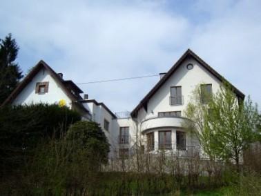 Die Seniorenwohngemeinschaft Am Alten Försterhaus befindet sich in der beschaulichen Gemeinde E...