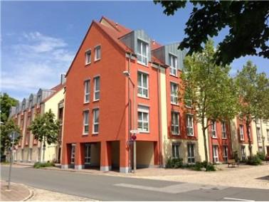 Nach vollständiger Modernisierung sowie der Erweiterung um einen Wohnbereich eröffnete das...