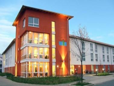 Das Lüner Seniorenhaus Wethmar Mark befindet sich im Stadtteil Wethmar. Es ist umrahmt von eine...