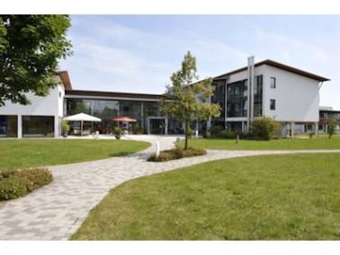 Das Clemens-Kessler-Haus   Im staatlich anerkannten Erholungsort Marktoberdorf hat das Clemens-Kessl...