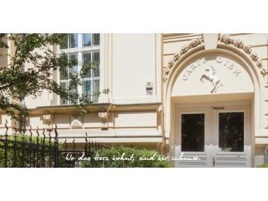 Die Seniorenresidenz Haus Bavaria befindet sich in einem schönen Gebäude mit eleganter Inn...