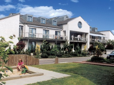 Mehr als nur ein neues Zuhause   Das Seniorenzentrum Alpheide liegt ruhig in einem Ortsteil der Sta...