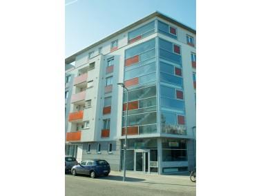 Das Betreute Wohnen umfasst 38 Wohnungen zwischen ca. 48 und 97 qm mit jeweils 2 bis 3 Zimmern und B...