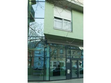 Die 2004 fertiggestellte, komplett barrierefreie Wohnanlage liegt in Durlach und umfasst 48 Wohnunge...