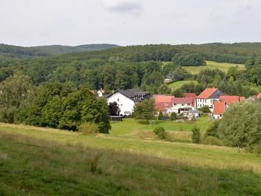 Im Herzen des Thüringer Waldes gelegen, mitten im idyllischen Örtchen Winterstein, finden ...