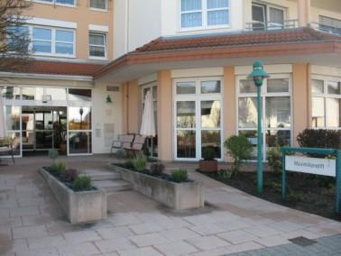 Das Maximilianstift liegt in Maxdorf, einer Ortsgemeinde im rheinland-pfälzischen Rhein-Pfalz-K...